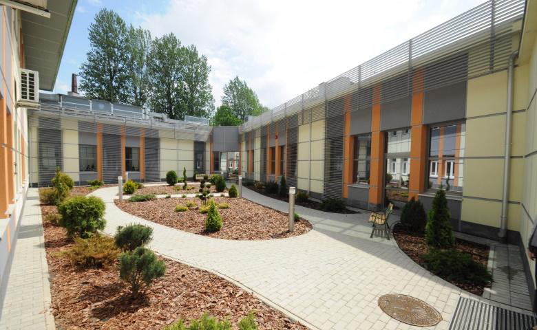 budynek-centrum-psychiatrii-sosnowiec3