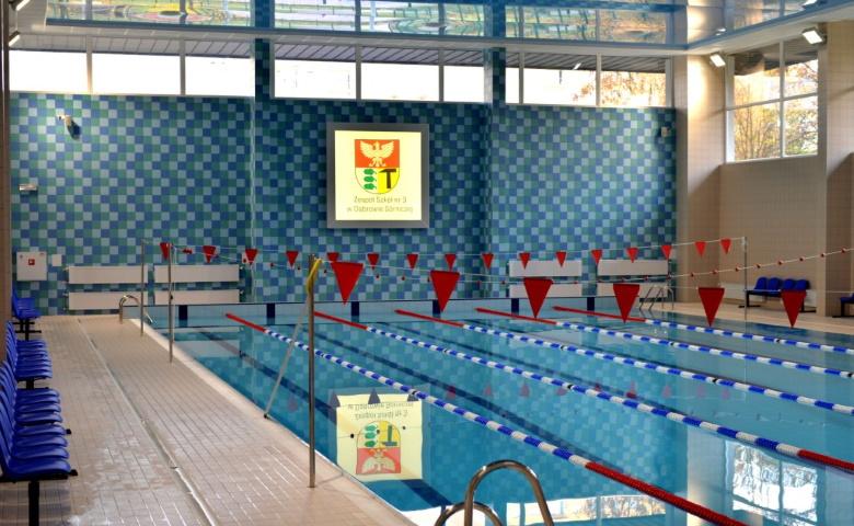 szkola-dabrowa-gornicza-basen